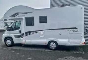 Wohnmobil mieten in Wilhelmshaven von privat | Xgo Wobby