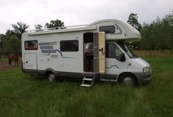 Wohnmobil mieten in Vriezenveen von privat | Hymer Hymer 644 GT