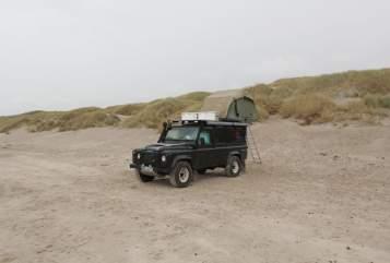 Wohnmobil mieten in Nienhagen von privat | Land Rover Atreju Defender