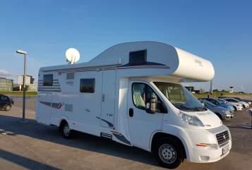 Wohnmobil mieten in Bremerhaven von privat   Carado Cardi