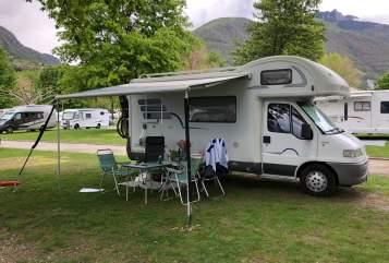 Wohnmobil mieten in Bergatreute von privat | Hymer Familiencamper