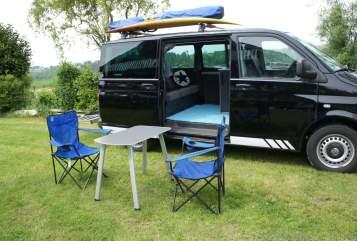 Wohnmobil mieten in Hennef von privat | VW Blackbully