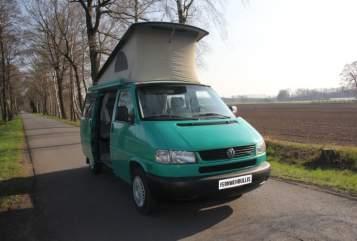 Wohnmobil mieten in Halle von privat | VW Grüne Madame