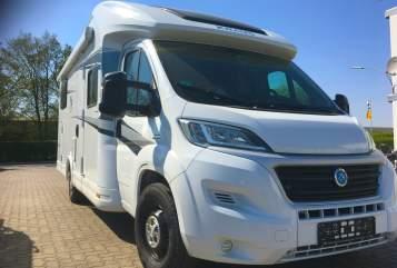 Wohnmobil mieten in Pleiskirchen von privat | Knaus  Amalfine