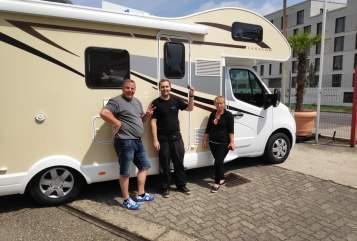 Wohnmobil mieten in Neulingen von privat | Ahorn Einhorn