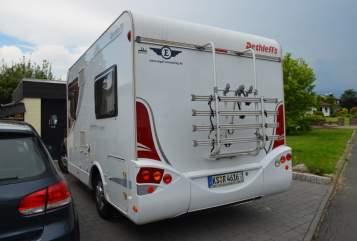 Wohnmobil mieten in Fuldabrück von privat | dethleffs Karins Camper