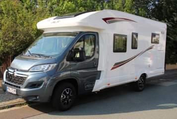 Wohnmobil mieten in Hofheim am Taunus von privat | PLA Happy