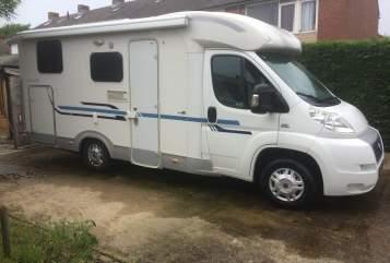 Wohnmobil mieten in Middelburg von privat | Adria Goofy