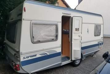 Wohnmobil mieten in Erftstadt von privat | Fendt Feriencontainer