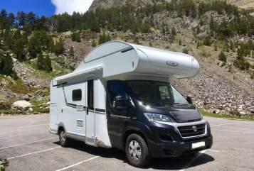 Wohnmobil mieten in Eschborn von privat | LMC PandaMobil
