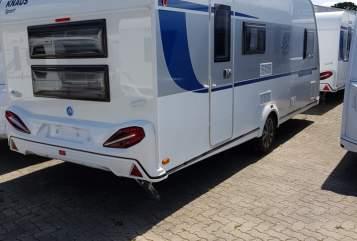 Wohnmobil mieten in Wesenberg von privat | Knaus  Selly