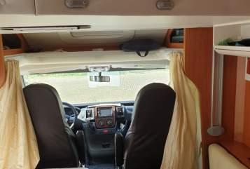 Wohnmobil mieten in Itzehoe von privat | Industrie Giottiline SPA Mobi
