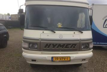 Wohnmobil mieten in Maastricht von privat | Hymer Mercedes Hymer 560 nieuw