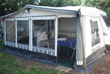 Wohnmobil mieten in Garching a. d. Alz von privat | Hobby - Wohnanhänger Lilli-Fee