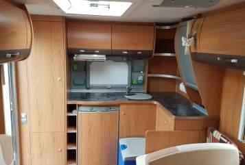 Wohnmobil mieten in Wiehl von privat | Bürstner Trecento  Bürstner