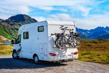 Wohnmobil mieten in Großdubrau von privat | Pilote-Mooveo  Number one