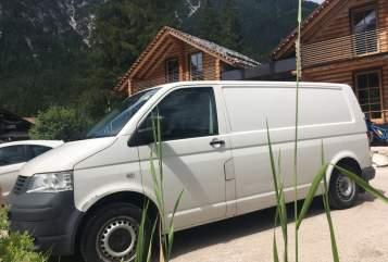 Wohnmobil mieten in München von privat | VW Herr Gambetti
