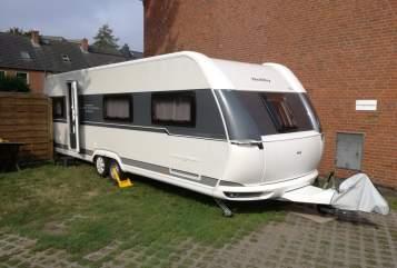 Wohnmobil mieten in Norderstedt von privat | Hobby Hobby UKFE 720