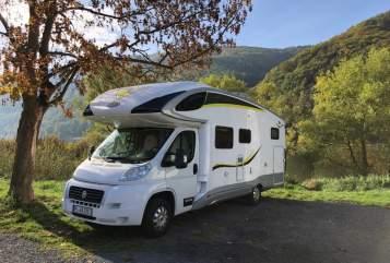 Wohnmobil mieten in Tornesch von privat | PLA WOW-mobil XXL