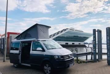 Wohnmobil mieten in Hamburg von privat   VW Susi Camper ONE