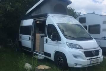 Wohnmobil mieten in Kremsmünster von privat | Hymer Enterprise