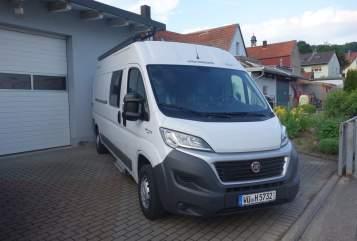 Wohnmobil mieten in Sommerhausen von privat | Weinsberg Touri I