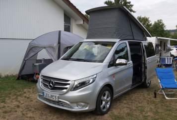 Wohnmobil mieten in Leonberg von privat | Mercedes Benz  Activity One