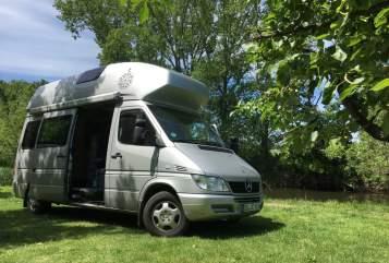 Wohnmobil mieten in Dresden von privat | Mercedes-Benz James