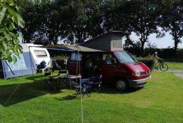 Wohnmobil mieten in Utrecht von privat | Volkswagen REDRENTALVAN