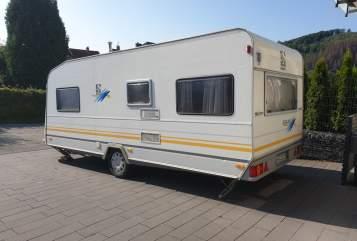 Wohnmobil mieten in Arnsberg von privat | Knaus Wohni