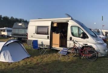 Wohnmobil mieten in Hamburg von privat   Adria Nomad
