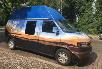 Wohnmobil mieten in Mainz von privat | VW Herr Schneider