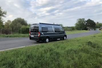 Wohnmobil mieten in Buseck von privat | Pössl Roadcruiser