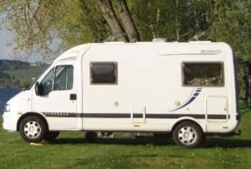 Wohnmobil mieten in Lisse von privat | Dethleffs  Globebus