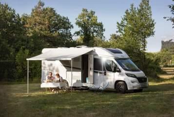 Wohnmobil mieten in Maasbree von privat | Carado Carado 4-p 2019