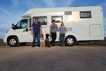 Wohnmobil mieten in Uslar von privat | Fiat Hundemobil