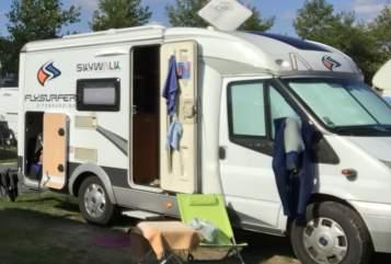 Wohnmobil mieten in Dreieich von privat | Hobby Hobby Van