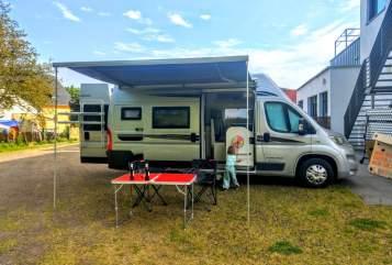 Wohnmobil mieten in Düsseldorf von privat | Karmann Karlito