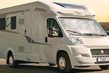 Wohnmobil mieten in Stuttgart von privat | CARADO CARADO T-449