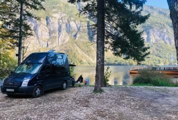 Wohnmobil mieten in Köln von privat | FORD Der Nugget