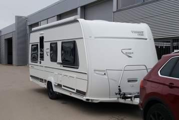 Wohnmobil mieten in Lübeck von privat | Fendt-Caravan Free Bravo