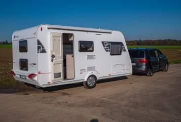 Wohnmobil mieten in Grevenbroich von privat | Sterkeman Family Dream 2