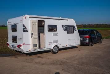 Wohnmobil mieten in Grevenbroich von privat | Sterkeman FamilyDream 470