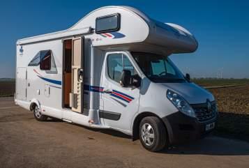 Wohnmobil mieten in Grevenbroich von privat | Ahorn Family Camp