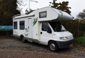 Wohnmobil mieten in Noordeloos von privat | Knaus Traveller 685