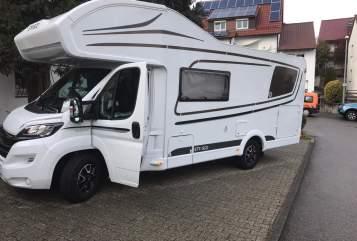 Wohnmobil mieten in Bexbach von privat | ETRUSCO Crisan Camper