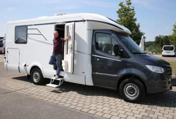 Wohnmobil mieten in Stuhr von privat | Mercedes Hymer Tramp S 685 Mercedes Tramp
