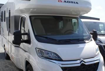 Wohnmobil mieten in Buchen von privat | Adria Luxus-Bj.2020
