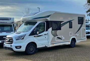 Wohnmobil mieten in Grevenbroich von privat | Chausson Luxus Automatik