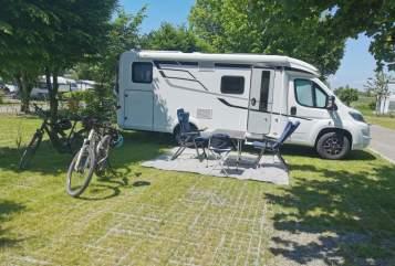 Wohnmobil mieten in Illerkirchberg von privat | Hymer Hymer Exsis 580